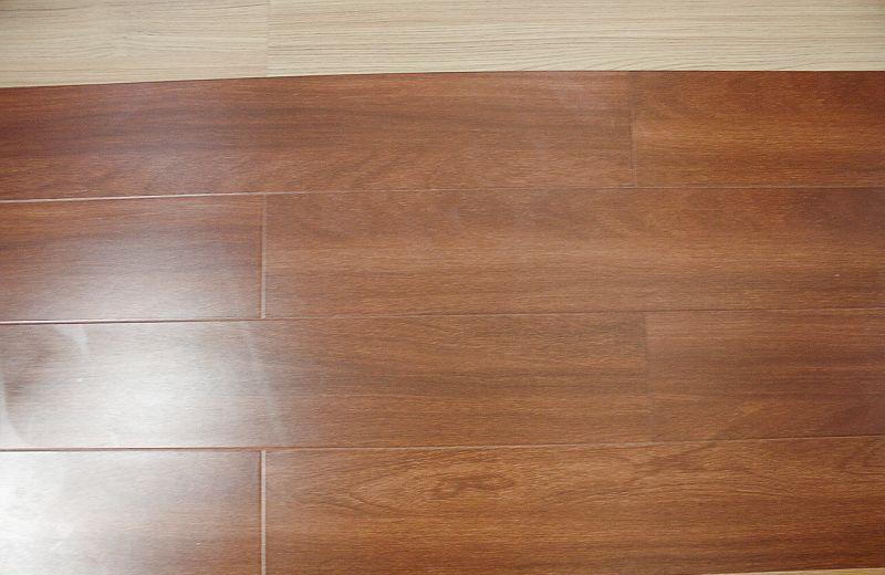 福人强化复合地板紫金香檀2805ZMZJ2805