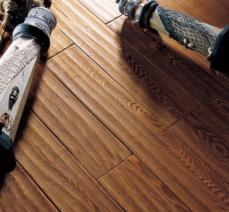 天格实木地板仿古白蜡木仿古白蜡木