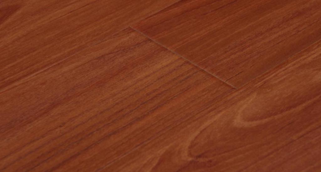 林牌强化地板加州柚木U803U803