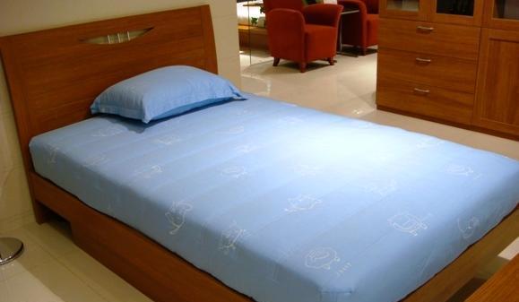 绿之岛家具-板式家具-卧室家具系列-单人床B002
