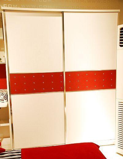 多喜爱儿童家具推拉衣柜8D168D16