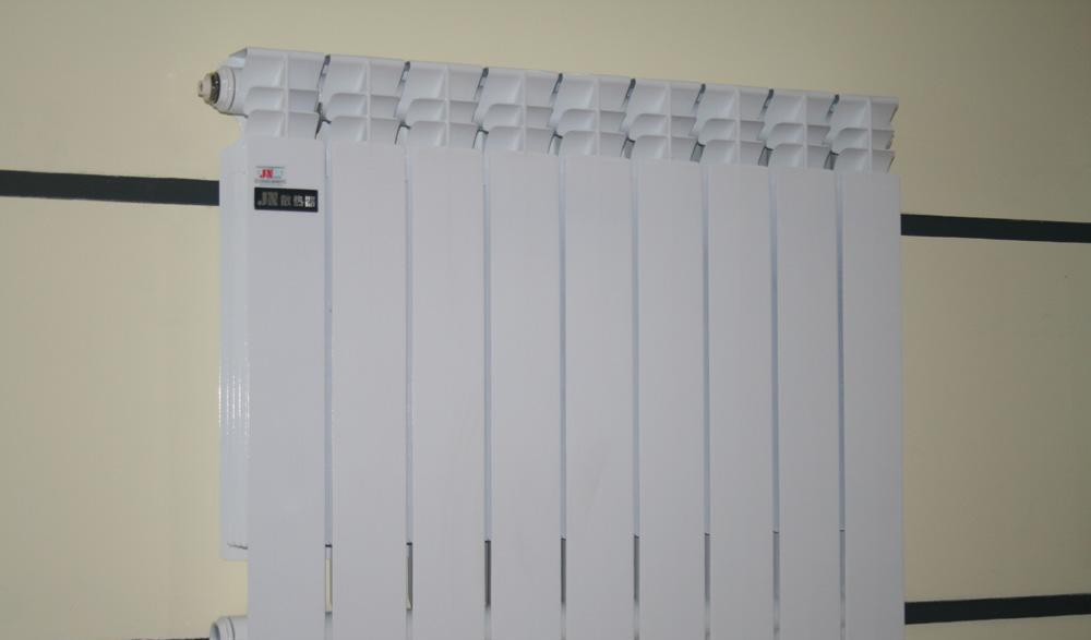 金牛6孔600毫米4散热器