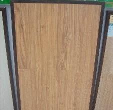 欧人仿实木一次模压成型系列9815强化复合地板<br />9815