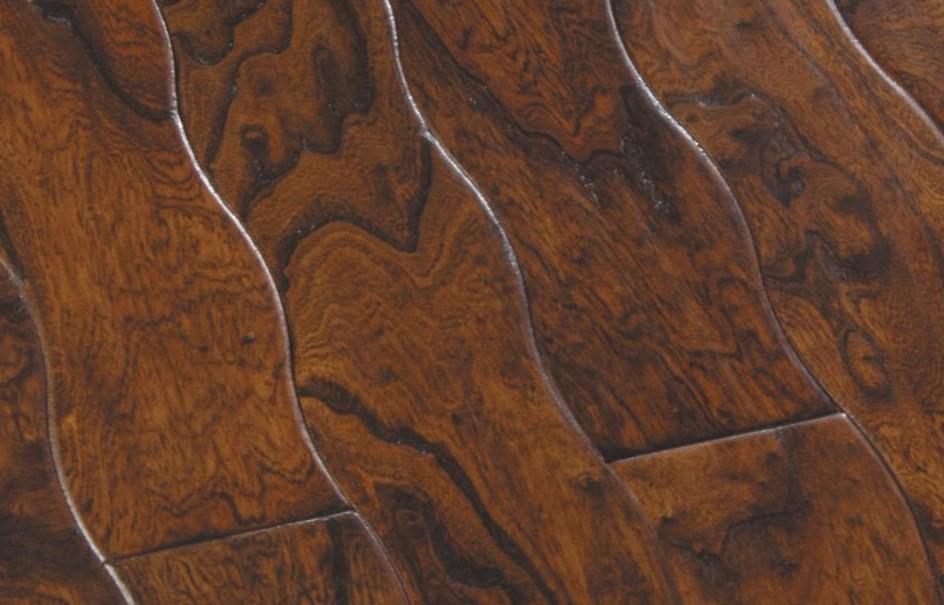 新绿洲曲线仿古系列青铜鼎盛实木地板