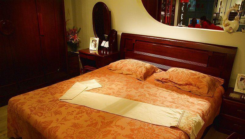 光明卧室家具双人床086-a1513-180086-a1513-180