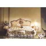 罗浮居卧床四件套意大利SILIK家具