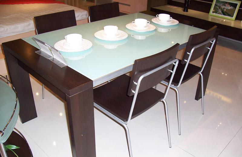 国安佳美黑橡系列 餐桌J0110J0110