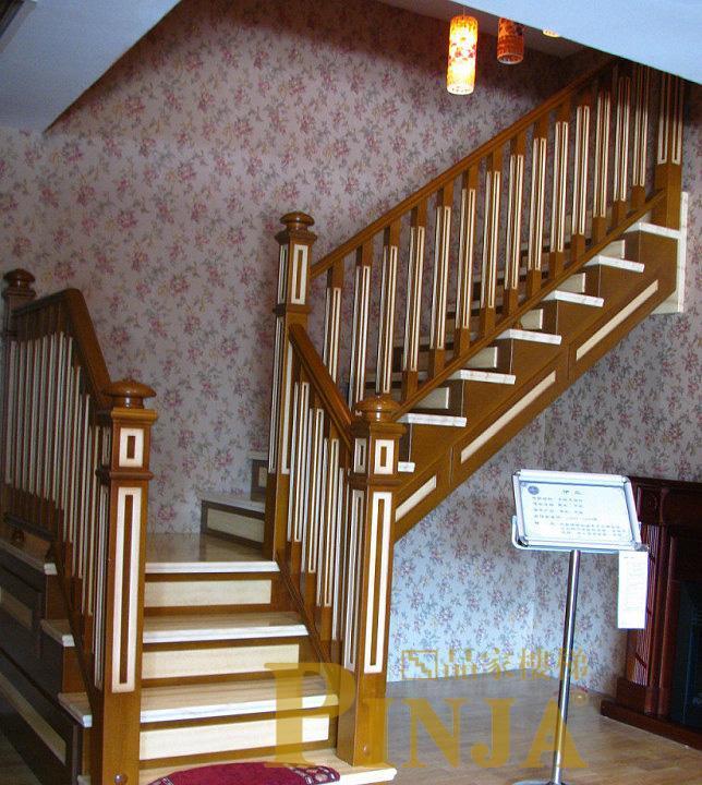 品家伊兰系列木楼梯