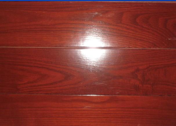 鑫海实木地板-白蜡木红色