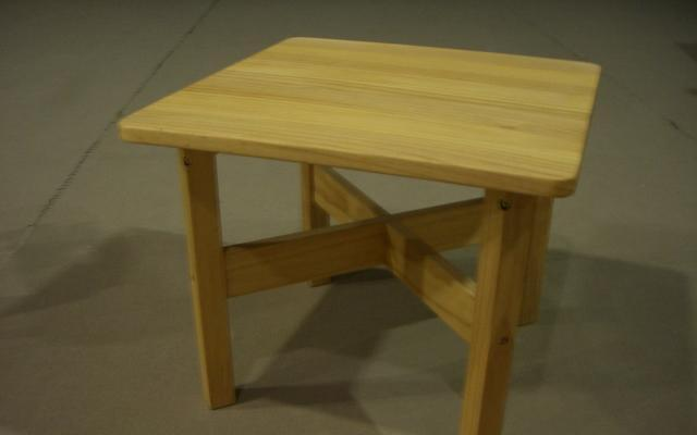 爱心城堡儿童家具方桌Y041-DK1-NRY041-DK1-NR