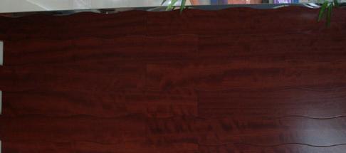 新绿洲实木地板-花梨花梨