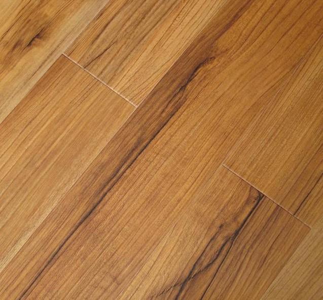 卡玛尔经典再现系列KV918云纹橡木实木地板