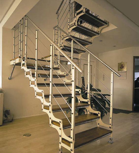 品家斯岛尔系列钢木楼梯