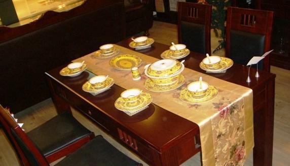 光明实木餐厅家具系列-001餐桌001-4109-1598