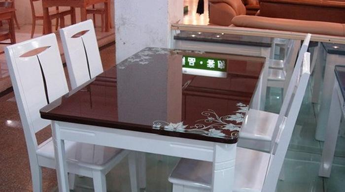 龙森657亮光烤漆餐桌657