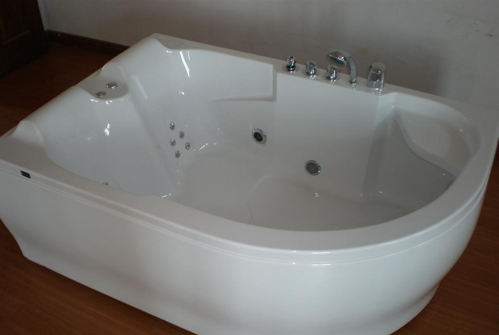 欧纳卫浴按摩浴缸回旋诗1812-2.4回旋诗1812-2.4