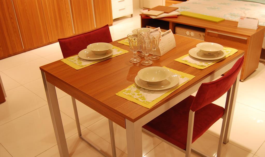 斯普丽家具餐椅