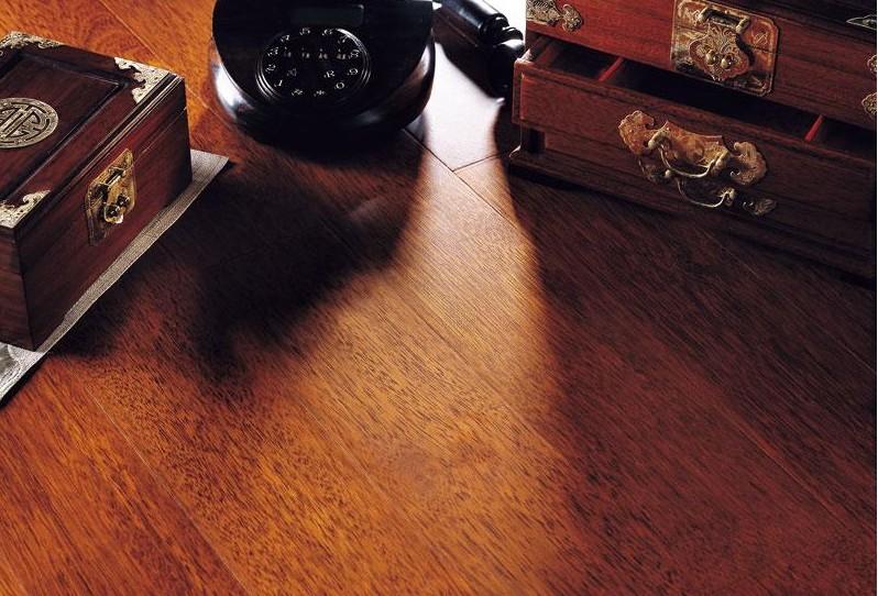 天格实木复合地板印茄木