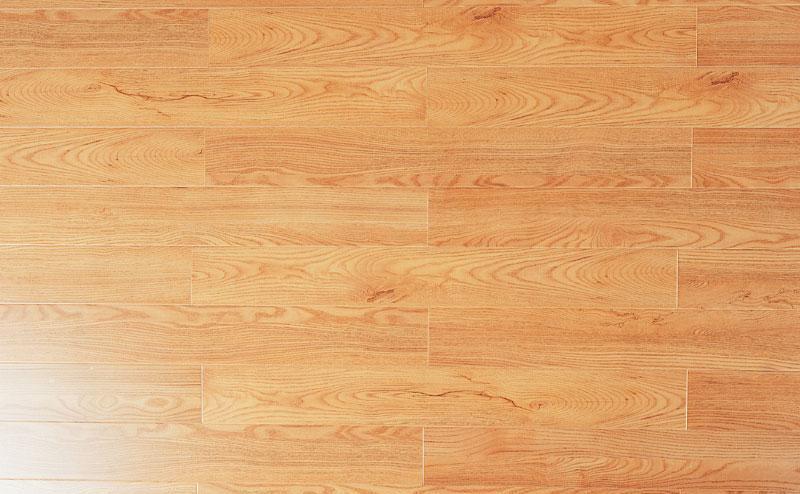 标王强化复合地板盾甲板系列B613-苏格兰红木B613-苏格兰红木