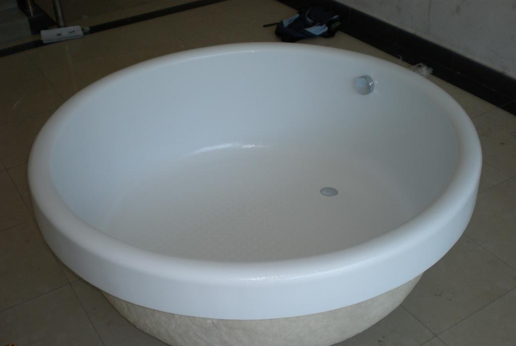 欧纳卫浴普通浴缸奥运之星Q-39奥运之星Q-39