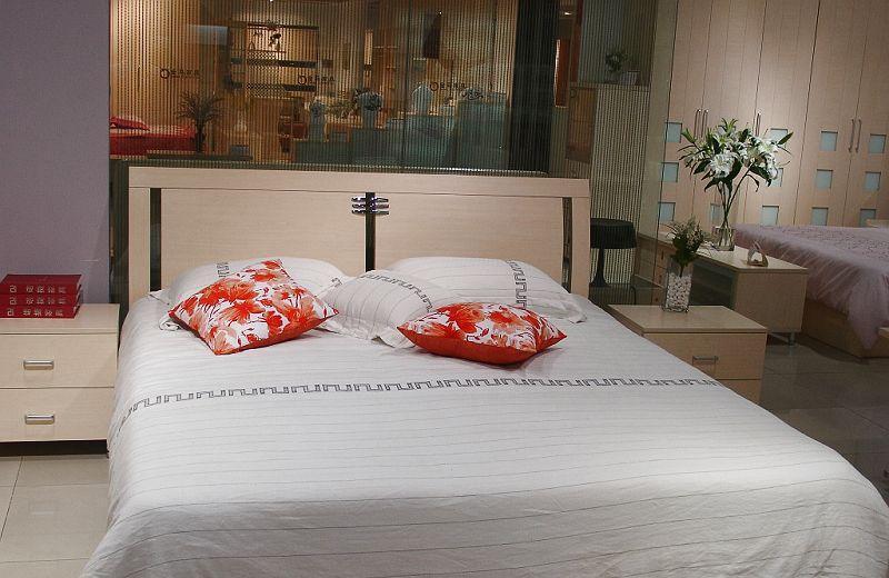 诺捷卧室家具双人床架6E086白枫6E086