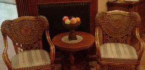 荷比先生伊丽莎白圈椅+茶几